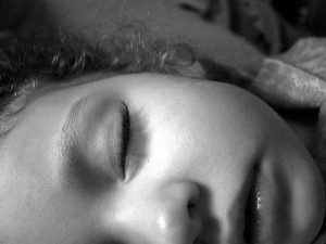 how to help a child with night terrors