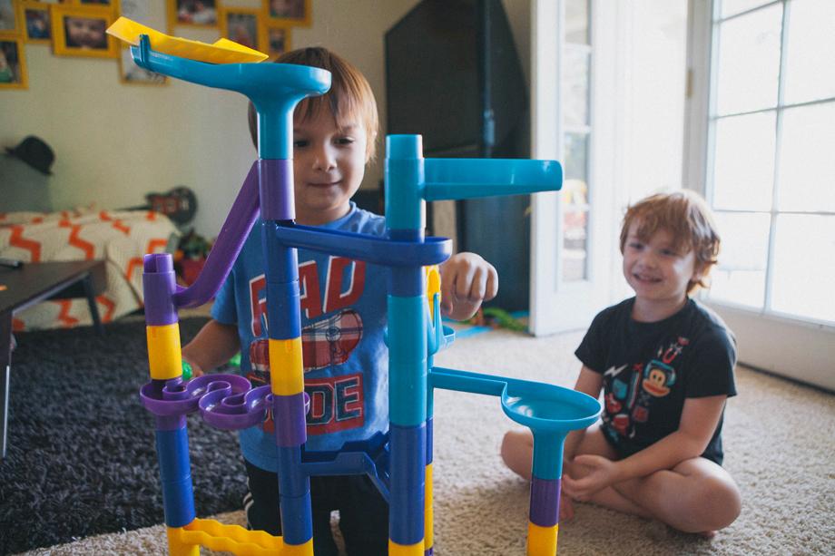 Scottsdale Moms Blog, Discovery Toys, Sponsored Post
