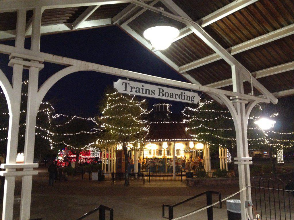 railroad park, scottsdale, holiday lights