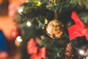 glitter-decorative-christmas-ball-picjumbo-com