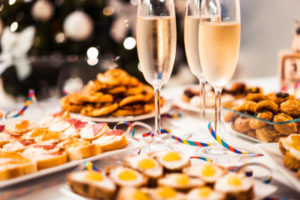 new-year-home-party-picjumbo-com